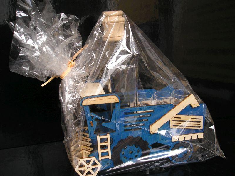 Darček kombaj   pre vodič kombajnu   fľaša na alkohol