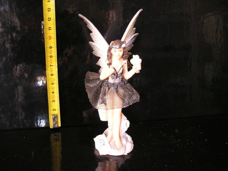 Anjel Víla dekorácie 13 cm