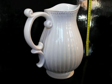 Biela váza dzana, dekoračná keramika