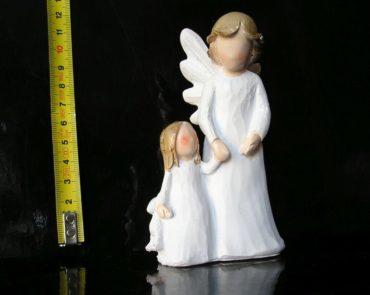 Biely anjel, mamička a dcéra, soška dekorácie