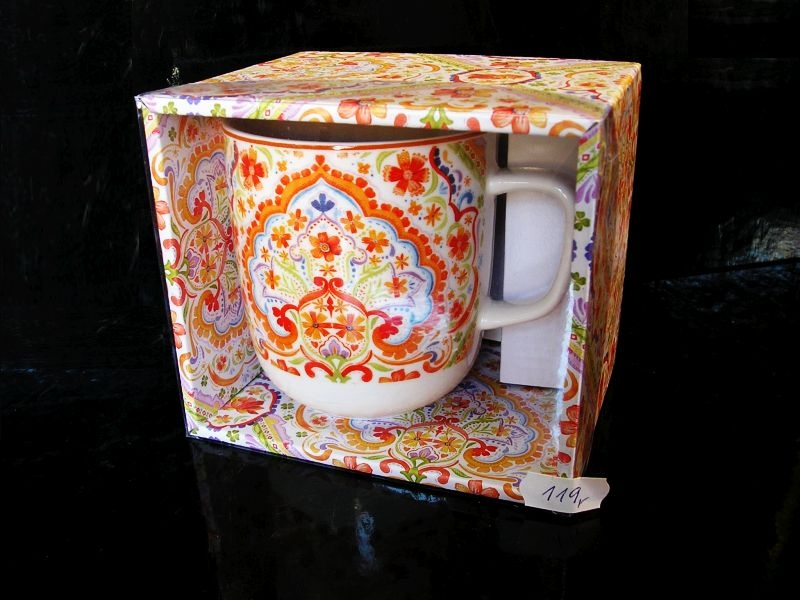 Hrnček s květinnovým vzorom, oranžový, dekoračné
