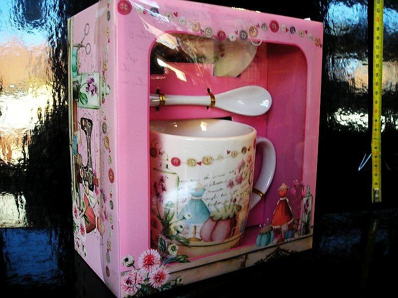 Hrnček, hrnčeky, lyžička podšálka, darčekové balenie ružový