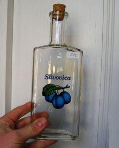 Fľaša sklo potlač slivka na alkohol slivovicu
