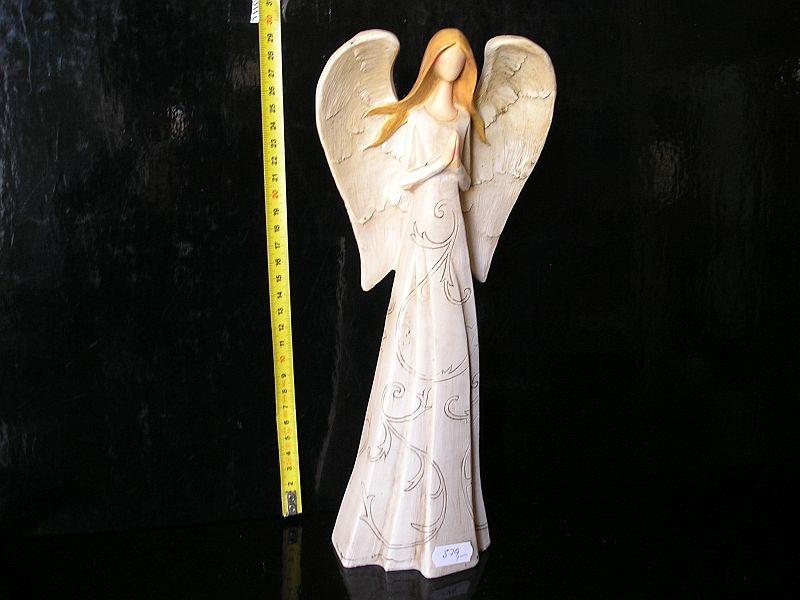 Modliaci anjel, veľká krídla, soška dekorácie