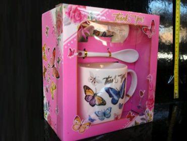 Ružový hrnček, lyžička, podšálka, darček pre dievčatko