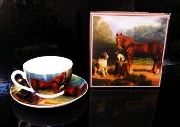 Šálky na kávu kôň, hrnčeky na kávu s tanierikom