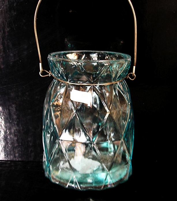 Sklenená modrá lampáš, dekoračná lampa