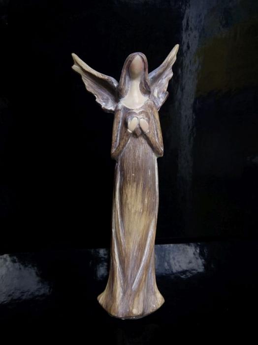Soška anjela strážneho | imitácia dreva