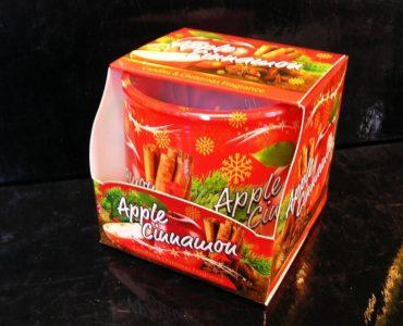 Vianočná vonná sviečka v skle jablko škorica