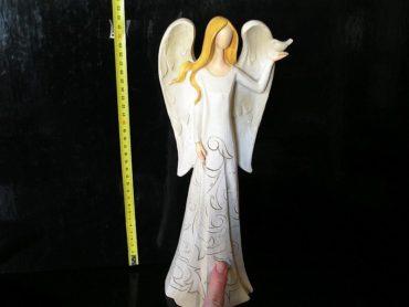 Veľký anjel s holubicou, keramická soška dekorácie