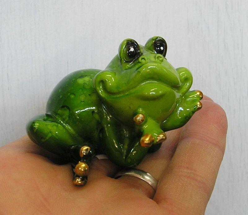 žaba | zelená žabka dekorácie figúrka keramika