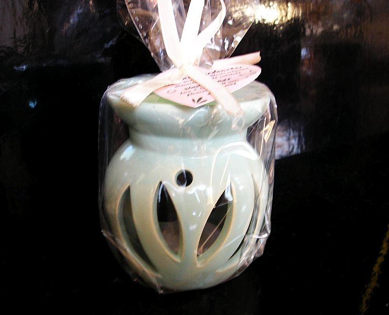 Zelená aromalampa keramická so sviečkou a voskom