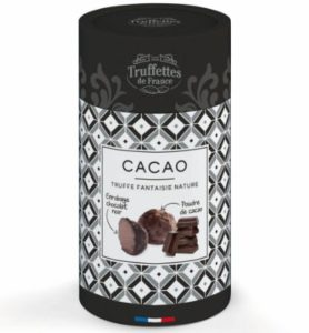 Čokoládová hľuzovka obalená horkým kakaovým práškom z Francúzska