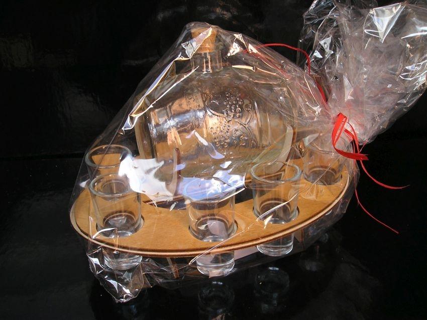 Sklenený súdok s pohármi | darčeky vinár pálenka