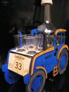 Modrý traktor, darček pre traktorisktu, otca