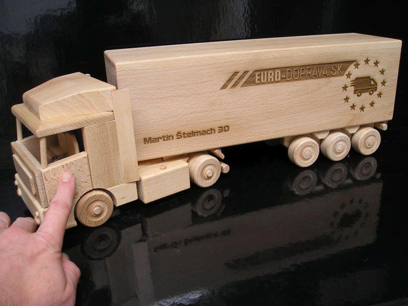 Kamionosoknak