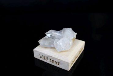 Kristal kameň mineral darceky pre šťastie