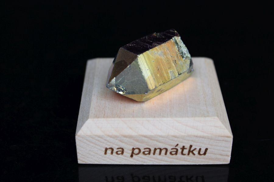 darcek-pre-stastie-kamen-kristal