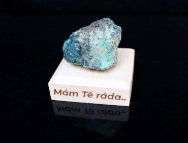 Malachit chrystochol surový minerálny kameň darček